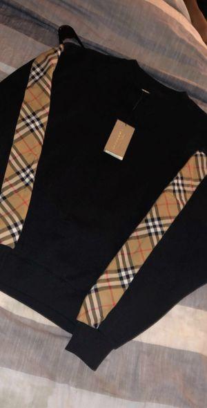 Small men's,medium woman's unisex Burberry sweater for Sale in Boston, MA