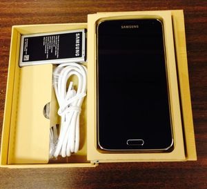Samsung s5 New condition unlocked+...warranty for Sale in Takoma Park, MD