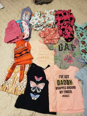 Girls toddler clothes for Sale in Tampa, FL