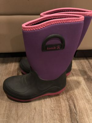 Kamik snow boots big kids size 2 for Sale in Glendora, CA