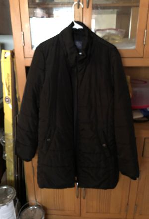 Woman's winter coat for Sale in Lithia Springs, GA