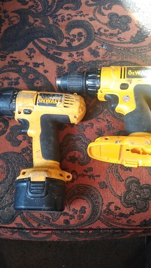 DeWalt set cordless drill for Sale in Des Moines, IA