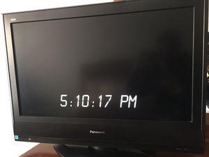 32in Panasonic LCD TV for Sale in Atlanta, GA