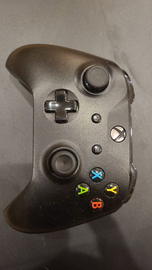 Xbox controller wireless for Sale in Los Angeles, CA