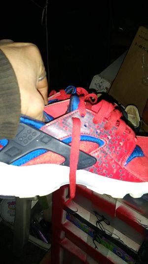 Children's Nike sneaker size 4 and 1/2 for Sale in Braselton, GA