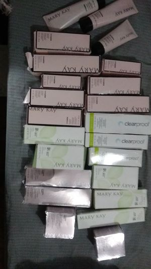 Brand new face cleaner lotions for Mary Kay 4 bottles for 20 bucks brand new for Sale in Banning, CA
