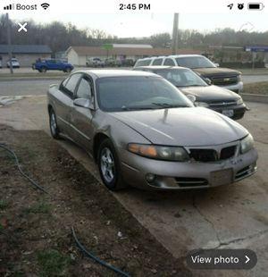 02 Pontiac Bonneville Se for Sale in Jefferson City, MO