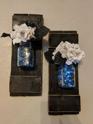Lighted farmhouse wall decor for Sale in Peoria, AZ