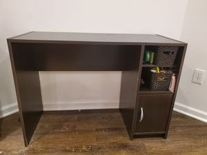 Desk / Vanity - great condition for Sale in Washington, DC