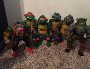 """1989 giant 13"""" ninja turtles and bad guys for Sale in Fresno, CA"""