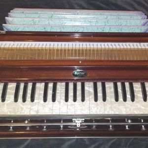 Harmonium from Kartar Music House in India for Sale in Apache Junction, AZ