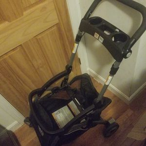 Graco Snug Ride Click connect stroller frame for Sale in Boston, MA