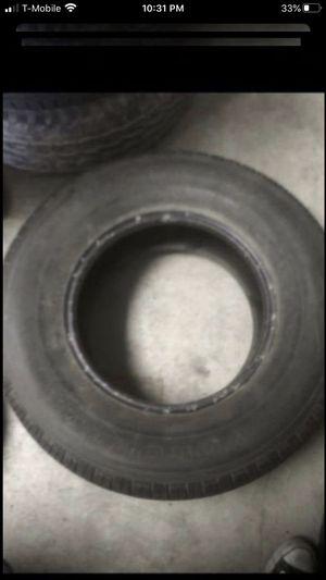 Two tires both 265/70/16. One Yokohama Geolander 80% tread & One Dakota Definity 75% tread for Sale in Temecula, CA