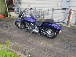 1200 cc Yamaha v star 04 for Sale in Bridgeport, CT