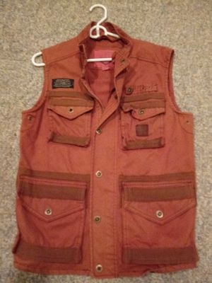 FISHING VEST zips an snaps closed for Sale in Greensboro, NC