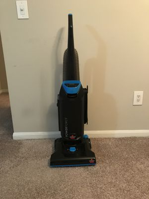 Bissell power force upright vacuum with bags for Sale in Atlanta, GA