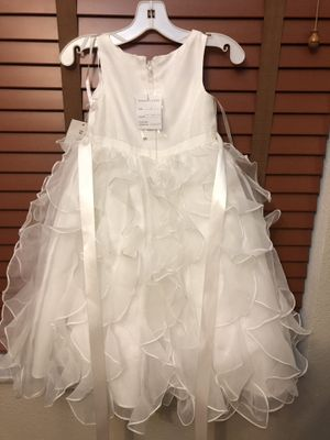 David's bridal flower girl dress for Sale in Clermont, FL