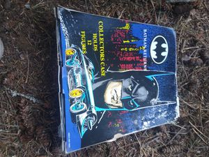 Vintage Batman collectible box and action figures for Sale in Graham, WA