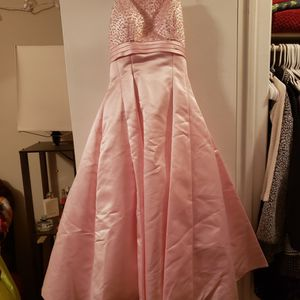 Ice Pink Prom Dress for Sale in Pretty Prairie, KS