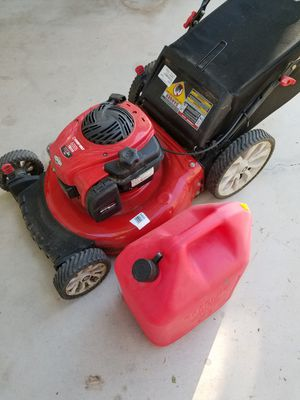 Briggs and Stratton mower for Sale in Phoenix, AZ