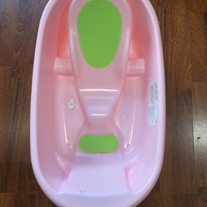 Baby Bathtub for Sale in Portland, OR