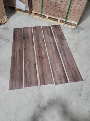 Luxury vinyl flooring!!! Only .65 cents a sq ft!! Liquidation close out! OE3I for Sale in Austin, TX