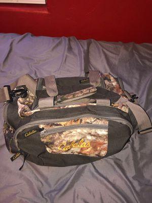 Cabelas duffle bag for Sale in Glendale, AZ