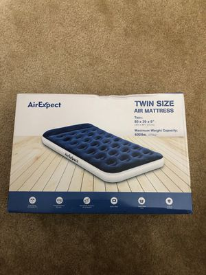 Air mattress for Sale in Land O' Lakes, FL