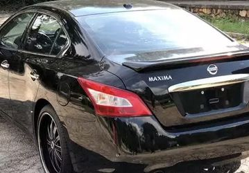 Fully Loaded Nissan Maxima 2009 for Sale in Seattle,  WA