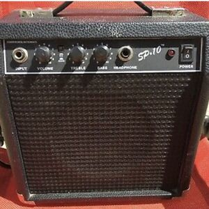 Electric Guitar Amplifier for Sale in Houston, TX