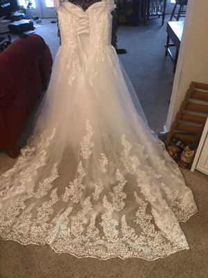 Shaboiq Sexy Off Shoulder Princess Bridal Gowns Elshaeboiq sweetheart Lace Ball Gown Wedding Dresses Ivory 16# for size 14 woman 5'6 height for Sale in Acworth, GA
