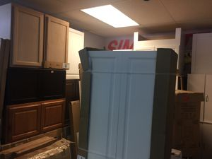 Kitchen cabinets for Sale in Clearwater, FL