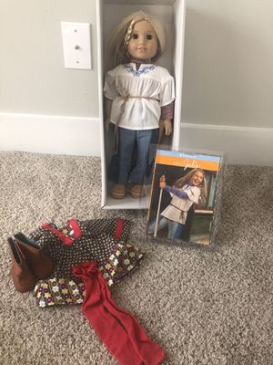 American girl doll Julie -excellent condition for Sale in Raleigh, NC