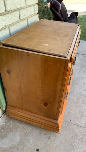 Small dresser for free for Sale in Moreno Valley, CA