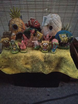 Spongebob and friends fish tank decor for Sale in Brooksville, FL
