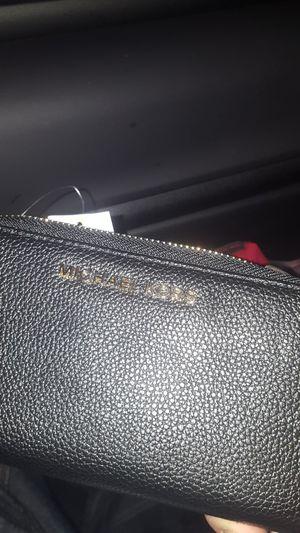 New Michael kors wallet $35 for Sale in Montebello, CA