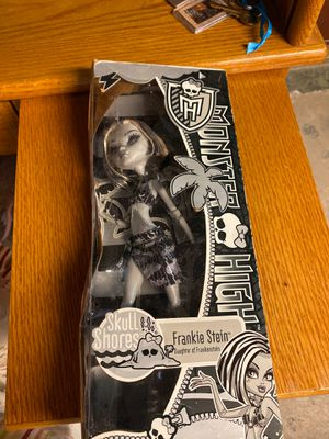 """New Monster High """"FRANKIE STEIN"""" doll for Sale in Georgetown, CO"""