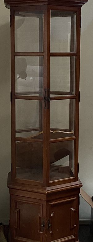 Antique Small China Cabinet for Sale in Clinton, MD
