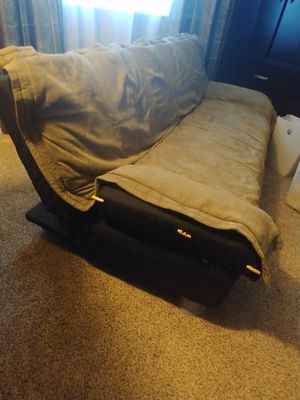 Futon for Sale in Colton, CA