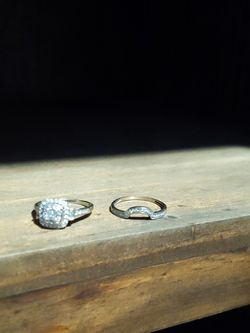 White Gold Engagement And Wedding Band Diamond Rings. They Are Worth 1,000 for Sale in Mesquite,  TX
