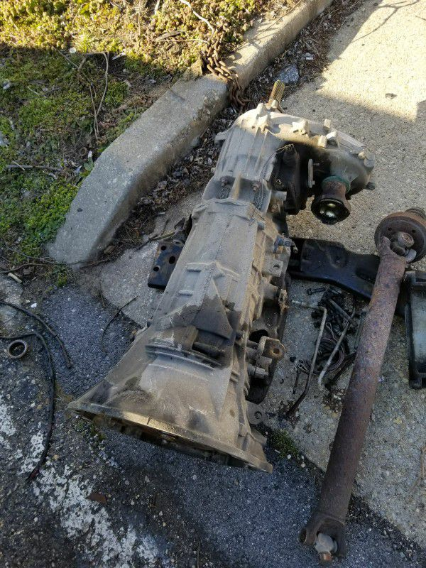 Transmission for 02 jeep liberty limited 4x4 3.7L