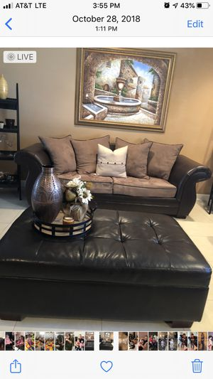 Sofa, loveseat, ottoman & frame! Good condition! for Sale in Hialeah, FL
