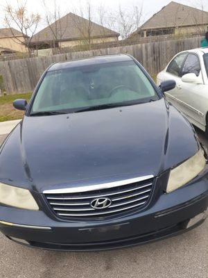 Hyundai azra for Sale in Austin, TX