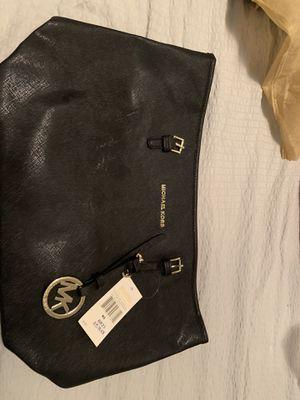 cartera michael k for Sale in Miami, FL
