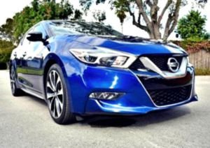 BEAUTIFUL _2015 MAXIMA 3.5 SR for Sale in Gainesville, FL