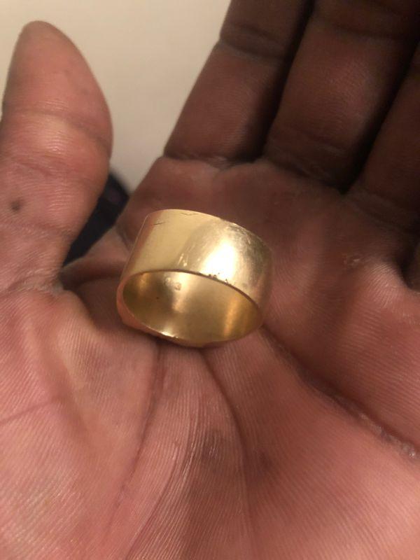 18k gold me. Ring