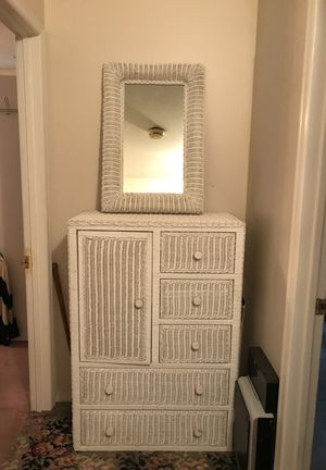 White wicker chest of drawers with large mirror. for Sale for sale  Livingston, NJ