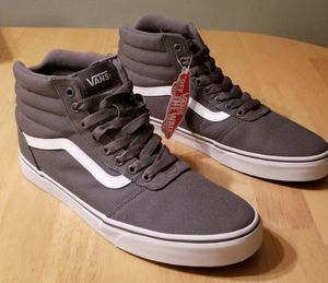*NIB* SAVE $21+Men's Vans Ward HI, canvas, pewter/white. Off The Wall. Size 9.5 or 10 for Sale in Maple Valley, WA