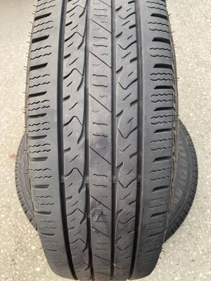2 Lt tires in good condition for Sale in Orlando, FL