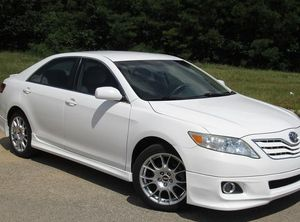 2O11 Toyota Camry final price 12OO$ for Sale in Fort Lauderdale, FL